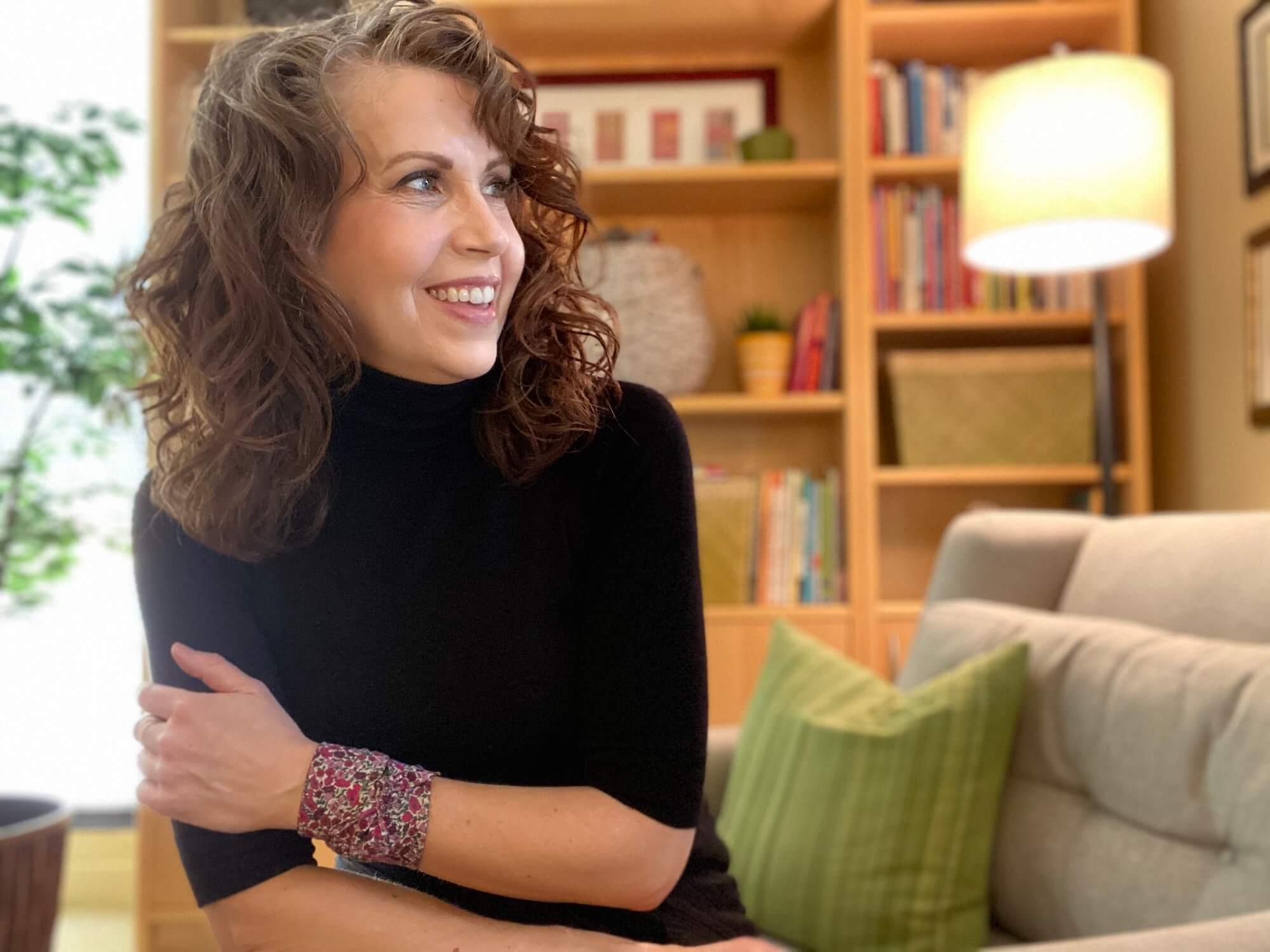 Anne K. Shideler, MS-MFT in her office